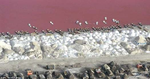 il-lago-rosa-del-senegal