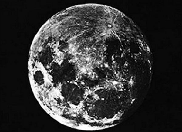 prima-foto-luna-700x509