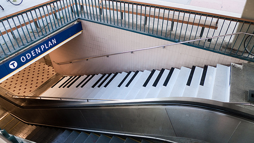 stockholm-piano-stairs-vw-experimental-fun-theory-project-5