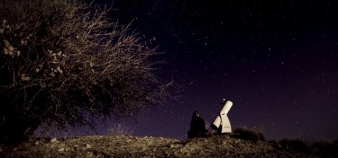 telescopio-ragazza-700x329