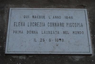 elena-lucrezia-cornaro-piscopia-targa-commemorativa