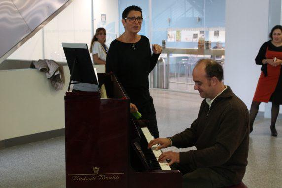 Paola Matera alla voce con il pianista Andrea Cavallo_2_0
