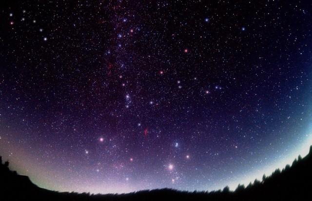 cielo-stellato-buio-asiago-notte-buia-640x412